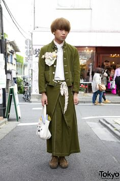 Comme des Garcons Tricot skirt & jacket, Keisuke Kanda x The Virgin Mary bag, mxe corsage. Via Tokyofashion.com
