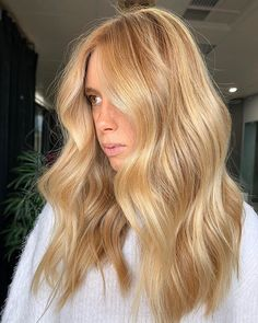 Butter Blonde Hair, Gold Blonde Hair, Honey Blonde Hair Color, Blonde Hair Looks, Warm Blonde, Blonde Color, Golden Hair Color, Golden Blonde, Honey Golden Hair