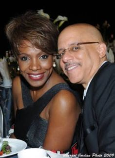 Sheryl Lee Ralph and Husband Interracial Dating Sites, Interracial Marriage, Interracial Love, Black Celebrity Couples, Black Love Couples, Beautiful Love, Beautiful Couple, Tv Couples, Power Couples