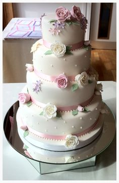Summer is here at last - this is a perfect cake for a marquee or vintage themed wedding