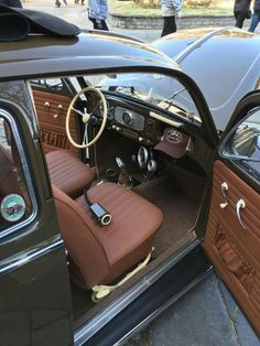Volkswagen bug interior °~°