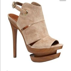 Jessica Simpson Platform Double platform front heel in tan suede. Like New Jessica Simpson Shoes Platforms