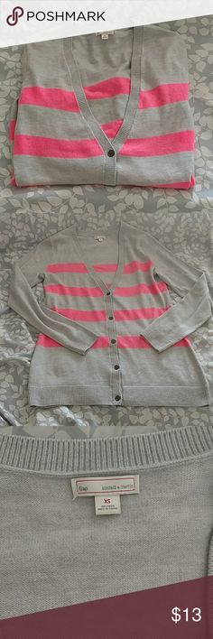 Gap Bella Cardigan Like new,great condition, super cute! GAP Sweaters Cardigans