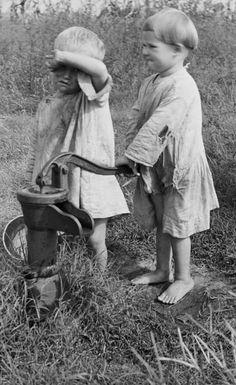 Children of sharecropper, North Carolina 1935