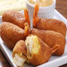 Camarão Empanado fácil, um aperitivo saboroso, que vai deixar seus amigos e convidados com a boca aberta. Experimente essa receita fácil de fazer.    Camarão Empanado fácil       INGREDIENTES  600 g de camarões, sem a