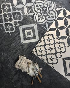 Stencil Decor, Stencil Art, Stencil Designs, Diy Interior, Interior And Exterior, Interior Decorating, Make Your Own Stencils, Stenciled Floor, Painted Floors