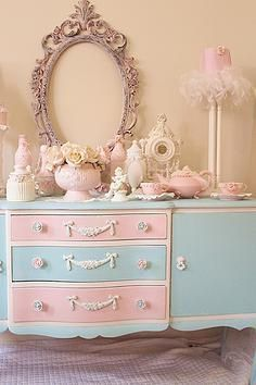 Luv My Stuff is about shabby chic furniture and home decor. It is operated by Bea Hare and includes shabby chic furniture creations made by hand, Chabby Chic, Shabby Chic Pink, Shabby Chic Bedrooms, Vintage Shabby Chic, Shabby Chic Homes, Shabby Chic Style, Shabby Chic Furniture, Shabby Chic Decor, Vintage Home Decor