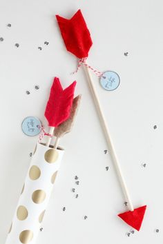 Love this! Free Valentine's Day Printables. One of the best sites for gifts and unique ideas!