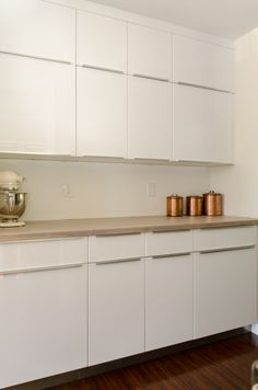 Kirkland Kitchen and Laundry Ikea, Beautiful Kitchens, Kitchen Remodel, Kitchen Ideas, Laundry, Kitchen Cabinets, House, Home Decor, Abstract