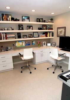 I live the home office. Home Office inspiration. Home Office Organisation ideas. Home Office Space, Home Office Design, Home Office Decor, Home Decor, Office Designs, Office Setup, Office Workspace, Office Style, Loft Office