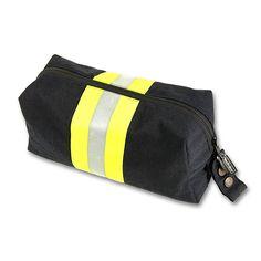 Die #Feuerwehr #Kulturtasche ist aus Originalmaterial getragener Einsatzjacken gefertigt. Damit kann die #Reise beginnen.