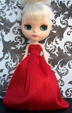 Sweet Tooth Formal Red Christmas Satin Gown for Blythe...PRECIOUS!!!