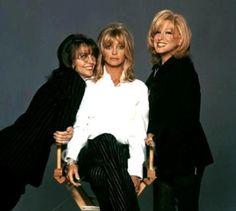 Diane Keaton, Goldie Hawn, and Bette Midler - black coat, black pants Great Films, Good Movies, Love Movie, Movie Tv, The First Wives Club, Bette Midler, Goldie Hawn, Diane Keaton, Chick Flicks