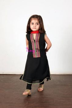 Tiny Threads is now present Baby dress 2014 baby clothes in this collection includes shalwar kameez, short, shirts and frocks with the trous. Baby Girl Frocks, Frocks For Girls, Dresses Kids Girl, Cute Dresses, Kids Outfits, Baby Dresses, Wedding Dresses, Kids Frocks Design, Baby Frocks Designs