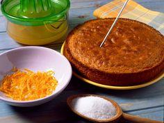 Découvrez la recette Gâteau au jus d'orange sur cuisineactuelle.fr.