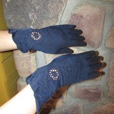 Vintage 1950s Gloves Navy Blue Nylon Cutout by ladysslippervintage