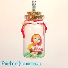 Necklace with a tiny fairy inside a little glass bottle, hand-made with high quality materials by an Italian artist. This jewel is extremely accurate in every detail, from the modeling of the fairy to the composition of the necklace. It's a very special gift idea! Find it on www.Delicute.com
