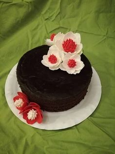 Magnolia - red and white cake