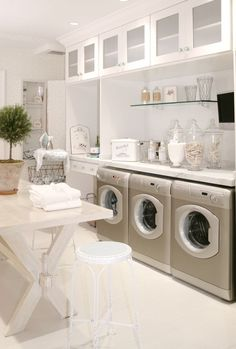 BEST laundry room ever.