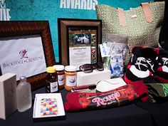 Wanna win K. Stew's #MovieAwards gift bag? Here's how: http://www.mtv.com/news/articles/1686228/2012-mtv-movie-awards-gift-bag.jhtml