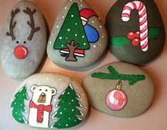 Try these Cute Christmas Rock Painting ideas for Kids - ladybug painted rocks decorations crafts Rock Painting Ideas Easy, Rock Painting Designs, Painting For Kids, Christmas Rock, Christmas Crafts, Christmas Decorations, Christmas Ornaments, Natural Christmas, Cubicle Decorations