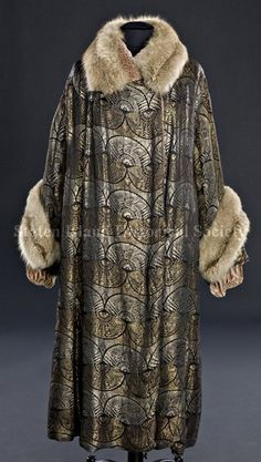 Evening Coat Date ca. 1920 (Staten Island Historical Society Collection)