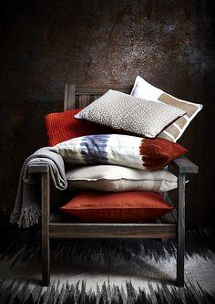 Compo de coussins pour la marque zodio.  Plus d'images sur:  www.tempsdepose-photo.fr