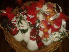 Hóemberkék Christmas Stockings, Holiday Decor, Home Decor, Needlepoint Christmas Stockings, Decoration Home, Room Decor, Christmas Leggings, Home Interior Design, Home Decoration