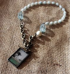 """""""Demure"""" necklace by Rebecca Sower, via Flickr"""