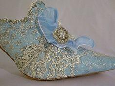 kary1954:  Marie Antoinette shoes!