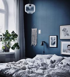 Calming bedroom colour schemes in neutral tones (that aren't white) - Your DIY Family, Sweet dreams! Calming bedroom colour schemes in neutral tones (that aren't white). Minimalist Bedroom Color, Room Colors, Master Bedroom Design, Bedroom Design, Bedroom Decor, Calming Bedroom Colors, Bedroom Color Schemes, Bedroom Colors, Calming Bedroom