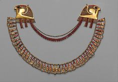 Broad Collar   Period: New Kingdom Dynasty: Dynasty 18 Reign: reign of Thutmose III Date: ca. 1479–1425 B.C. Geography: Egypt, Upper Egypt; Thebes, Wadi Gabbanat el-Qurud, Tomb of the 3 Foreign Wives of Thutmose III, Wadi D, Tomb 1