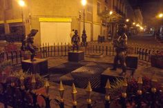 Guadalajara De Noche Rotondo De Los Niños Miones Plaza Tapatia Del Centro Historico Jal, Mex. Foto Enrique Haas
