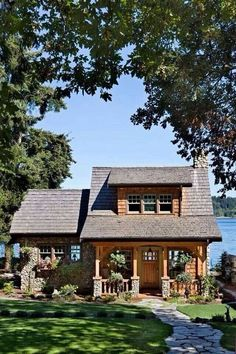 Cute cottage on Puget Sound. #cottages #homes homechanneltv.com