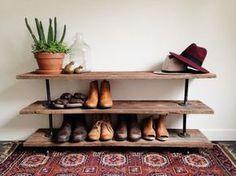 Por que tirar os sapatos para entrar em casa? E como os acomodar? – Blog Amanda Hillerman