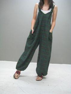we love jumpsuit Fashion Mode, Diy Fashion, Fashion Outfits, Womens Fashion, Diy Clothing, Sewing Clothes, Salopette Jeans, Cooler Look, Estilo Boho