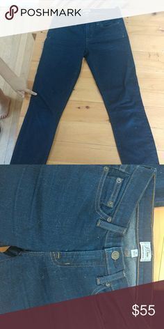 J Crew Toothpick Jeans Gently used, look brand new! Bell Bottom Jeans, J Crew, Skinny Jeans, Brand New, Best Deals, Pants, Closet, Things To Sell, Style
