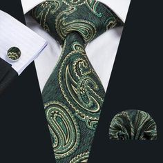 """This is a brand new men's silk tie set. Set includes coordinating tie, handkerchief and cuff link.  Tie length is 61"""" from end to end, and 3.25"""" width at the widest part of the tie.    **Please note, this item requires three (3) weeks to ship. Please take shipping time into consideration prior to placing your order. Thank you ~     This item is available for international shipping!    Shop this product here: http://spreesy.com/UyleesBoutique/1271   Shop all of our products at…"""