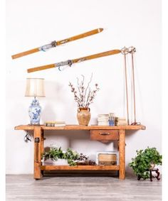Banco Antiguo De Carpintero 1929  #muebles #mueblesrestaurados #cozy #acogedor #cottage #hogardulcehogar #salones #cocina #baño #mueblesrusticos #vintage #mueblespintados #mueblesreciclados #pasiondeco Ladder Decor, Shelves, Furniture, Home Decor, Rustic Furniture, Recycled Furniture, Solid Wood, Refurbished Furniture, House Decorations