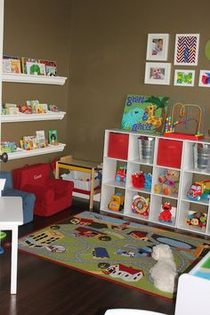 Kids Week: An Organized Playroom - KUZAK'S CLOSET