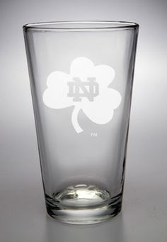 Notre Dame Fighting Irish Shamrock 16 oz Deep Etched Pub Pint Glass