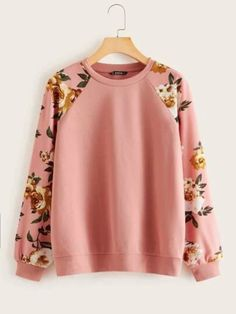 To find out about the Floral Raglan Sleeve Pullover at SHEIN, part of our latestSweatshirts ready to shop online New Arrivals Dropped Daily. Stylish Dress Designs, Stylish Dresses, Formal Dresses, Pullover, Raglan, Big Men Fashion, Fashion Outfits, Blouse Desings, Crop Top Outfits
