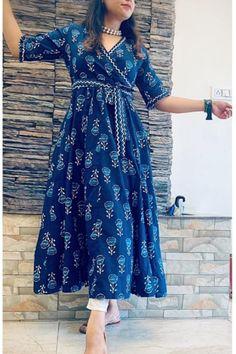 Fancy Dress Design, Stylish Dress Designs, Stylish Dresses, Casual Dresses, Casual Indian Fashion, Indian Fashion Dresses, Indian Designer Outfits, Designer Dresses, Latest Traditional Dresses
