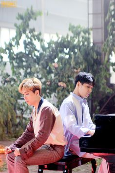 Hongki & Jonghun — 2017.6.14 FT_FANCLUB FTISLAND 10th ANNIVERSARY...