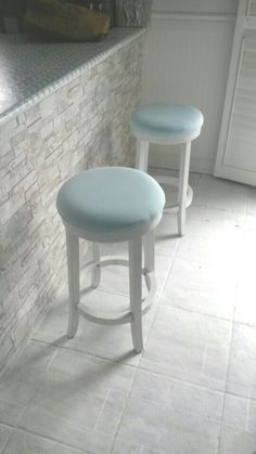 Diy stools Diy Stool, Stools, Chair, Furniture, Home Decor, Recliner, Homemade Home Decor, Home Furnishings, Decoration Home