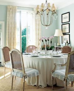 pure traditional dining room