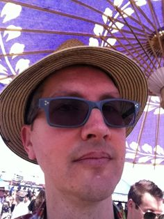 At the flea market with my Japanese parasol. Got some great finds! Iphone Camera, Mens Sunglasses, Japanese, Fashion, Moda, Japanese Language, Fashion Styles, Men's Sunglasses, Fashion Illustrations