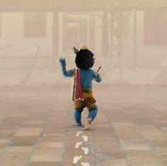 It's Krishna Jayanthi today!✨ (Also known as Krishna Janmashtami or Gokulashtami) is an annual Hindu festival that celebrates the birth of Krishna, the eighth avatar of Vishnu. Shree Krishna Wallpapers, Radha Krishna Wallpaper, Radha Krishna Images, Lord Krishna Images, Krishna Pictures, Radha Krishna Love, Krishna Flute, Shiva Photos, Krishna Statue