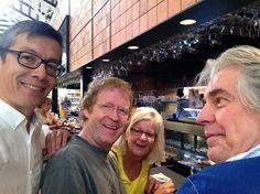 Mit Bernd, Chantal y Freddy in der markt bar!!! — con Bernd H. Knöller y Stephen Anderson