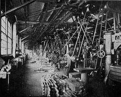 Machine Shop at the Schenectady, N. Love Machine, Machine Tools, Hippie Movement, Woodworking Machinery, Woodworking Shop, Industrial Machine, Wonder Book, Old Factory, Industrial Photography